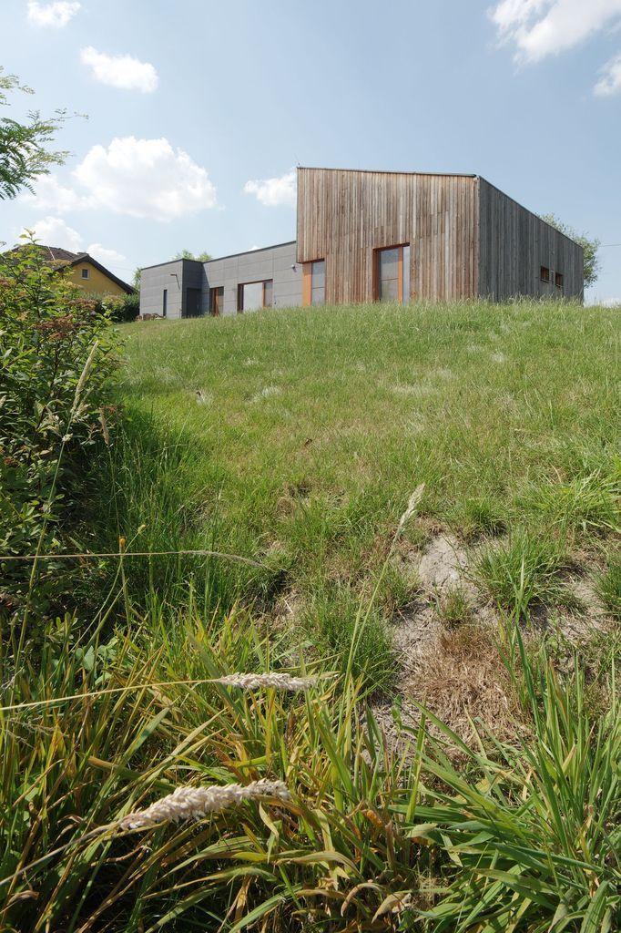 Michael Kocych Architects | architektonické studio | Ing. arch. Michael Kocych | Maison bois, façade CETRIS et bardage bois vertical