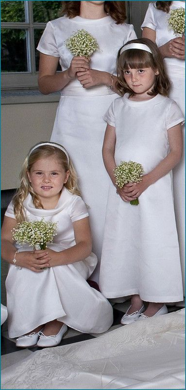 vivamaxima:  Princess Catharina-Amalia of the Netherlands and Princess Ingrid Alexandra of Norway as attendants at the wedding of their godmother, Crown Princess Victoria of Sweden, 2010
