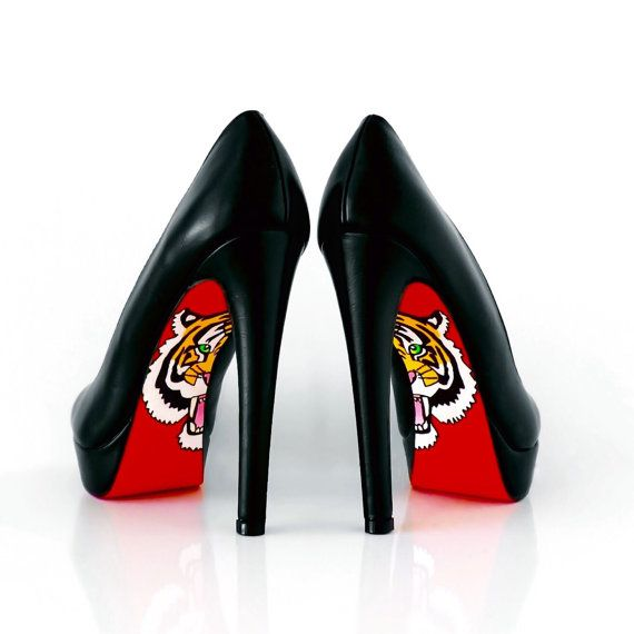 1000  ideas about Shoes With Red Bottoms on Pinterest | Louis