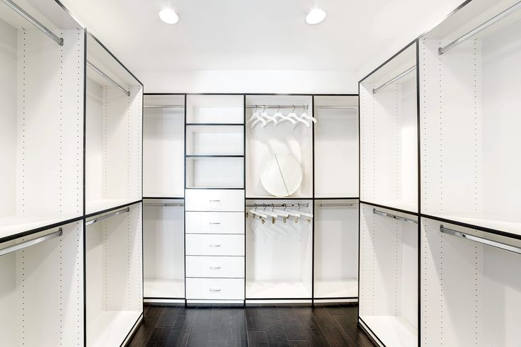 We design and build quality custom closet organizers that not only look great but functional. Contact us today for a free design consultation & estimate.