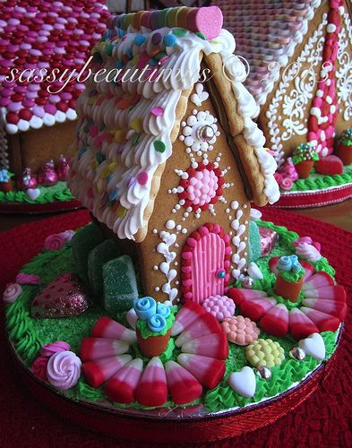 qqr3 | valentines day gingerbread house for FPE auction, 201… | Flickr