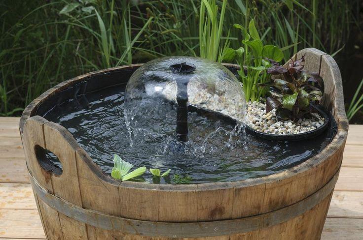 Wasserspiele sorgen für eine gleichmäßige Umwälzung und verhindern so Algenbewuchs im Mini-Teich