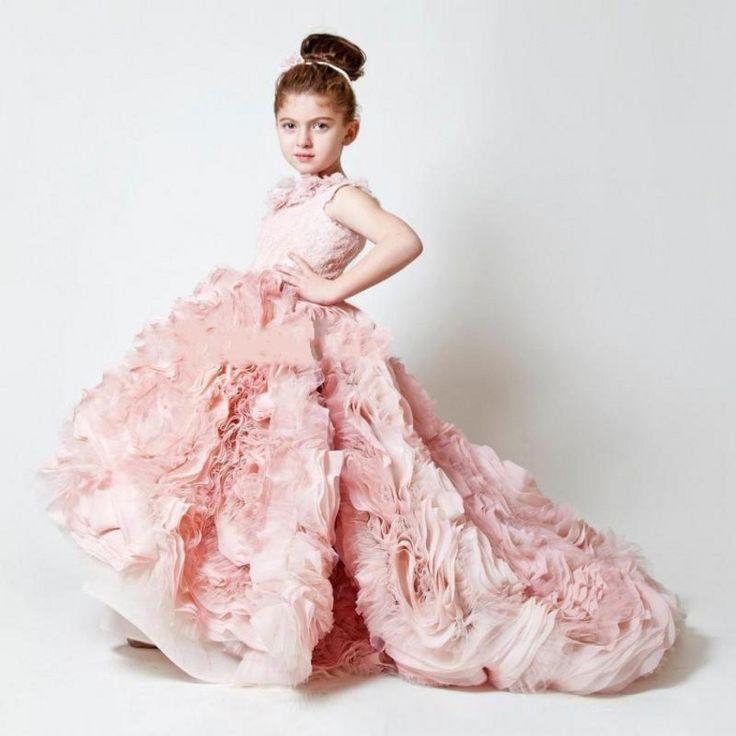 Robe de fille de fleur peu coûteuse