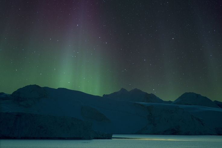 Northern lights over Ilulissat Icefjord. by Richard McManus on 500px