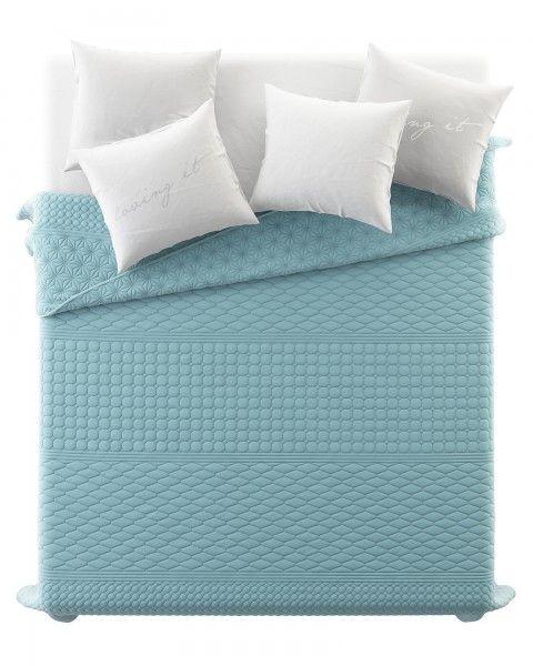 Luxusny jednofarebny presivany prehoz na postel v svetlo modrej farbe (2)