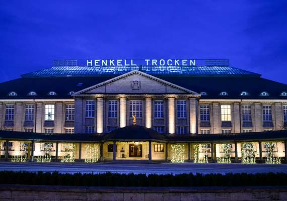 Henkell & Co Sektkellerei, immer wieder schön.