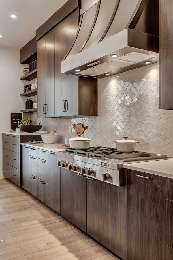 Magnolia Modern And Sophisticated Farmhouse In Canada Modern Farmhouse Kitchens Farmhouse Style Kitchen Cabinets Farmhouse Kitchen Cabinets