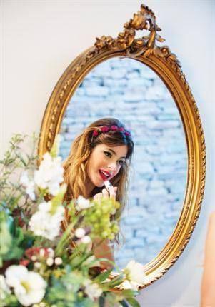 """""""Não preciso de me ver ao espelho para saber que sou linda porque a verdadeira beleza está dentro de nós"""" #MartinaÉLindaPorDentro"""