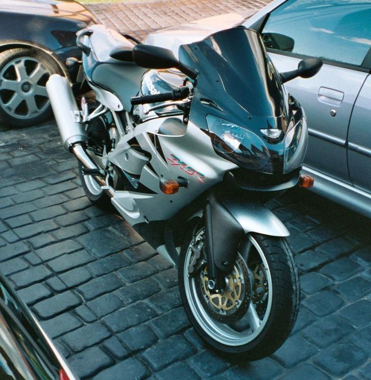 Kawasaki Zx 6r J1 First Big Bike My Pride A Joy And I D Still