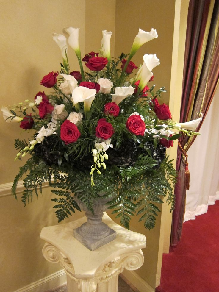red rose ceremony flowers