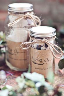 Package an apron and recipe cards in a mason jar
