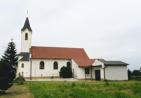 BELINCE - Kostol sv. Cyrila a sv.Metoda