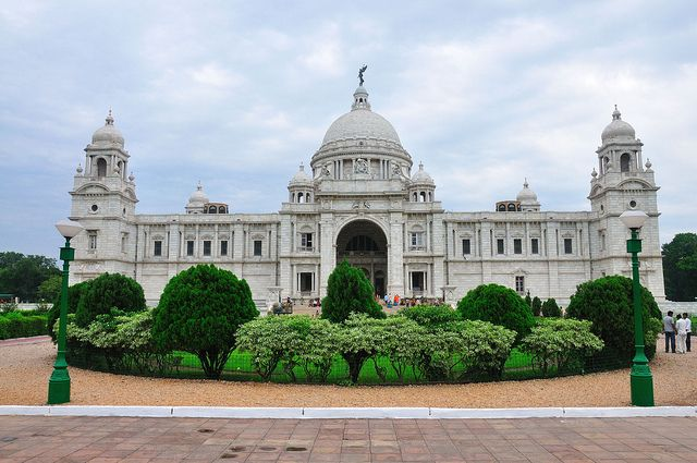 The Victoria Memorial, conceived by Lord Curzon, represents the architectural climax of Kolkata city, specified its classical style but the actual plan of Victoria Memorial was laid down by the well-known architect, Sir William Emerson. It was built between 1906 and 1921.