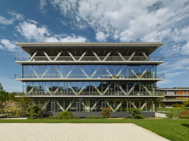 Completed in 2016 in Flintbek, Germany. Images by Zooey Braun       . In an exposed location on Jungfernsee SCOPE built the Innovation Center 2.0 next to existing SAP building. The architects are also responsible for...