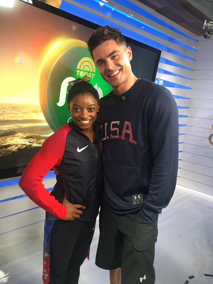 [UPDATED] Stop Everything, Because Simone Biles and Zac Efron Just Met in Real…
