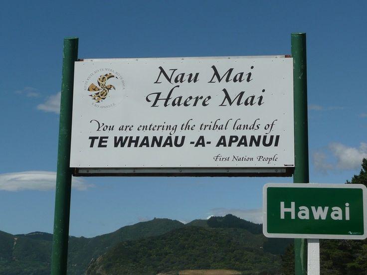 Te Whanau a Apanui Welcome sign at Hawai