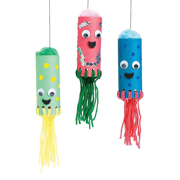Craft Roll Sea Life Creatures | This easy craft for kids makes a fun activity for birthday parties or an afternoon of crafting. #kidscrafts