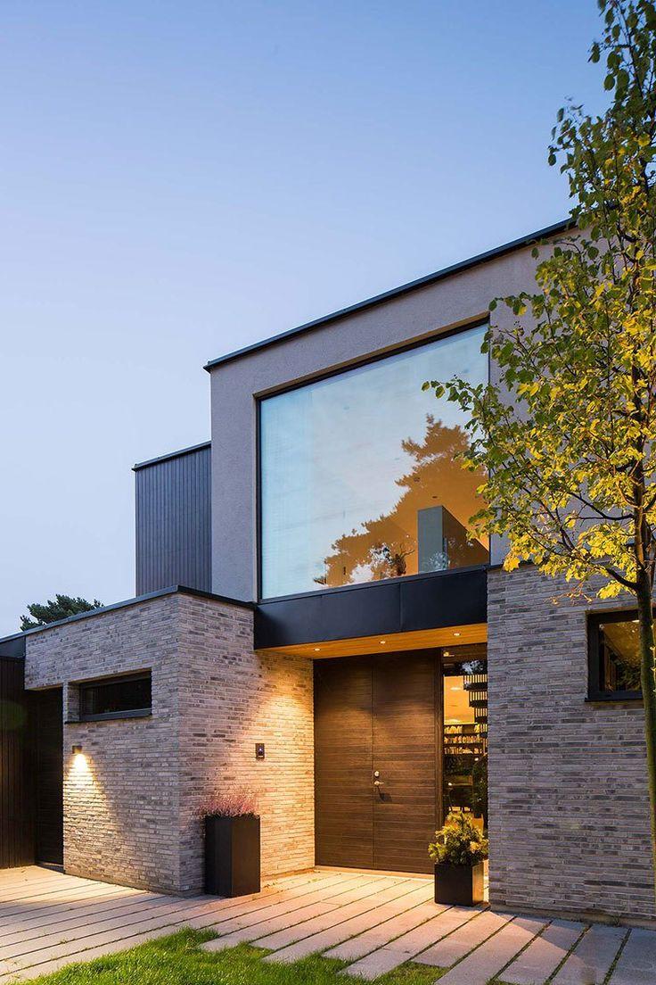 Fachada casa iluminacion