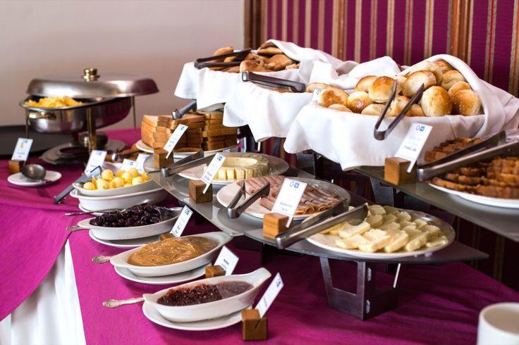 Desayuno buffet en el Restaurante Paprika   Costa del Sol   Hoteles en Lima   Hoteles en Perú