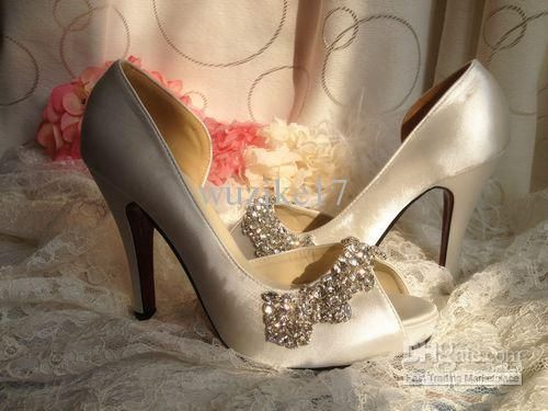 Wholesale Elegant Satin Stiletto Pumps with Rhinestone and Chains For Wedding Bridal Shoes(More Colors), $85.12-87.36/Pair | DHgate
