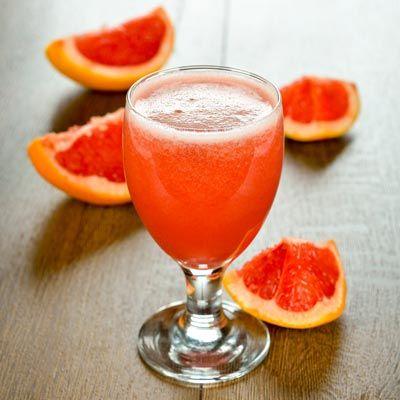 Gesunder Abnehmshake mit Grapefruit, wahlweise mit oder ohne Eiweiß ...