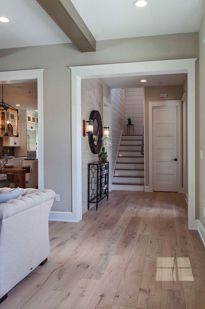 Sherwin Williams Accessible Beige White Oak With Hardwood