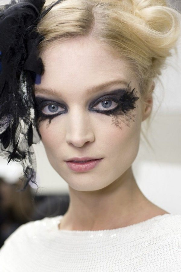 176 best Chanel by Karl Lagerfeld images on Pinterest | Karl ...