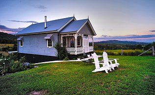 The Gypsy Cottage - The Bluff