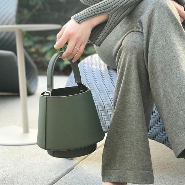 Lantern Bag in Palm Green.   @vickysoupsss