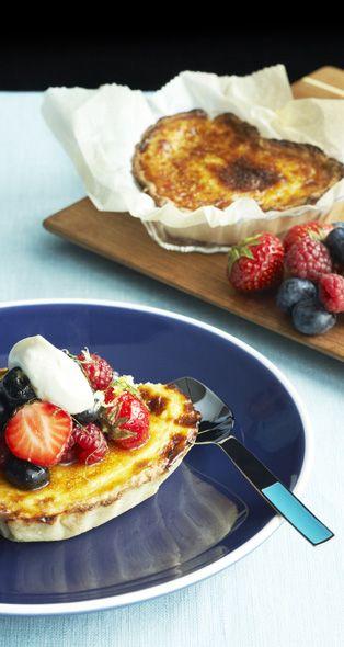 Lemon Pie with Fresh Berries