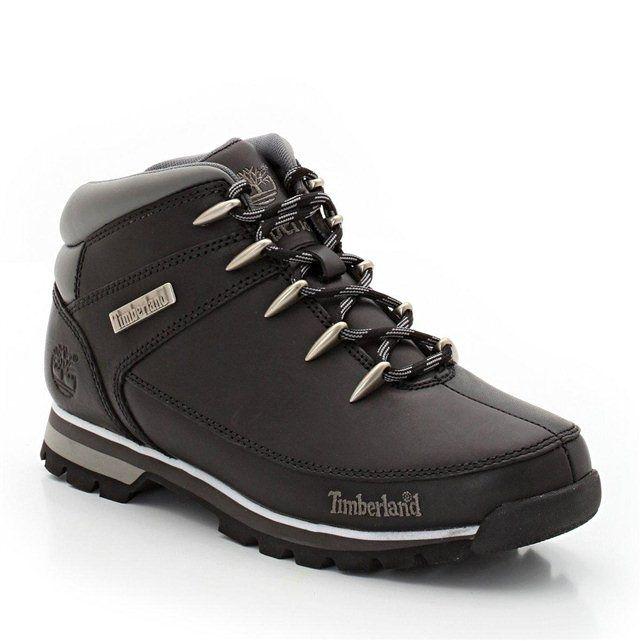 Boots TIMBERLAND : prix, avis & notation, livraison. Les boots TIMBERLAND. On aime leur style tout terrain. Tige cuir (vachette). Boots TIMBERLAND fermés par lacets. Doublure textile. Semelle extérieure caoutchouc.