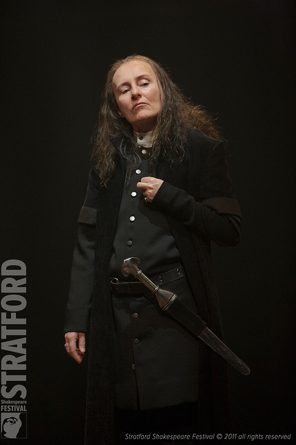 Seana McKenna as Richard III, Stratford Festival, 2011. Wow. And she played Queen Elizabeth to Tom McCamus' Richard, in 2002. Also saw Stephen Ouimette as Richard III in 1997. What's to come?