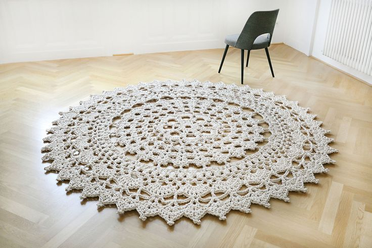 Interior design #Home Decor. Unique crochet #handmadecarpet. Amazing piece of beauty to caress your floors. Beautiful rug, so delicate yet so strong. Carpet by Merle Holm