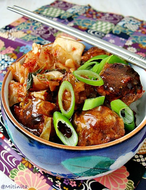 Mitinita: Chiftelute coreene cu kimchi de varza