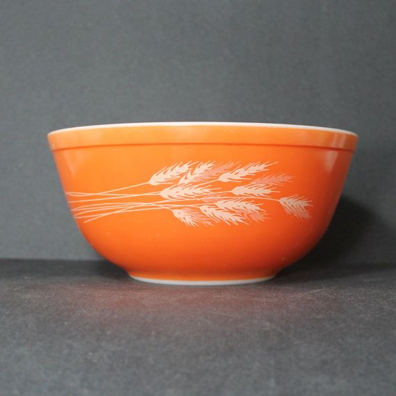 Vintage Autumn Wheat Harvest 403 Pyrex mixing by SugarLMtnAntqs