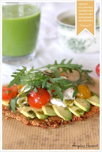 Healthy Pizza With Gluten Free Raw Food Crust #vegan #vegetarian #recipes #glutenfree #healthyrecipes #lactosefree #fitness #lunch #healthylunch #dinner #raw #rawfood