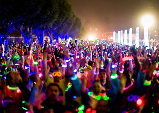Dance and glow all the way to the Electric Run 5K San Diego finish line!