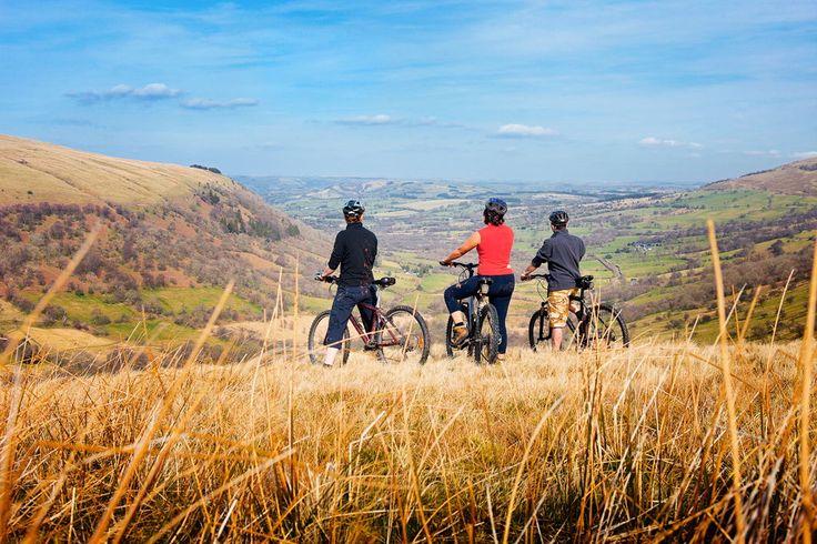 Cyclisme au Parc National de Brecon Beacons - © Visit Wales 2013
