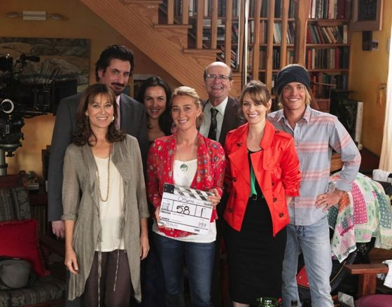 Offspring Season 5 cast; Nina Proudman in Tigerlily jacket
