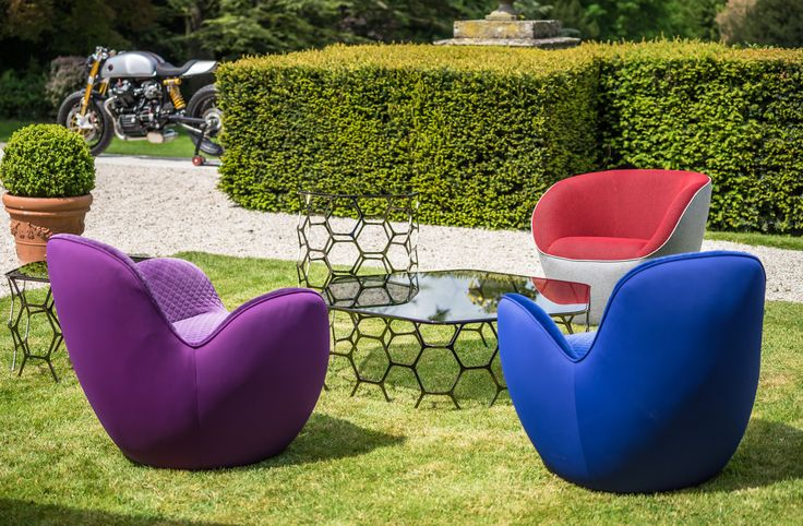 Sacha Lakic | the Aircell & Edito armchairs and the Pollen table collection | Domaine Les Crayères Reims  ©SachaLakic   #SachaLakic #RocheBobois #Lescrayeres #relaischateux