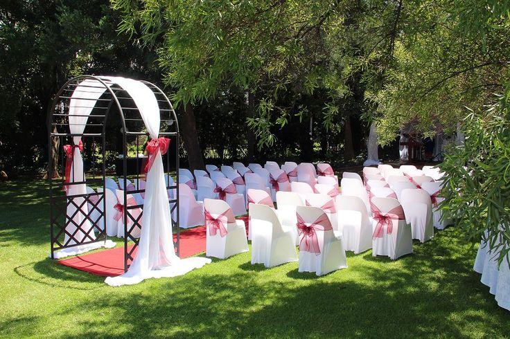 Garden Weddings .... Yes Please !!!