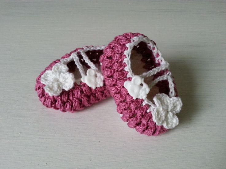 buciki na szydełku, crochet newborn booties, video tutorial