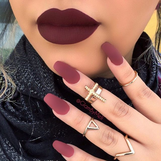 Trendy Fall Vibes Tag Your BFF In love with this shade @smashboxcosmetics #liquidlipstick (Miss Conduct) @sally_hansen #bigmattetopcoat ~