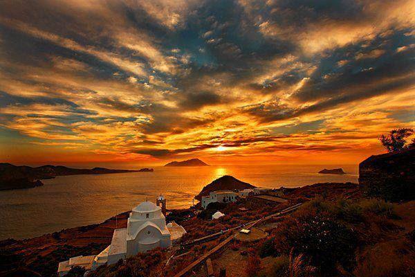 ΜΗΛΟΣ ....ΗΛΙΟΒΑΣΙΛΕΜΑ. Sunset in Milos