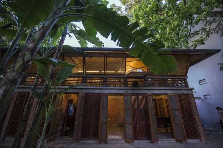 The Gentle House  / Ngoc Luong Le