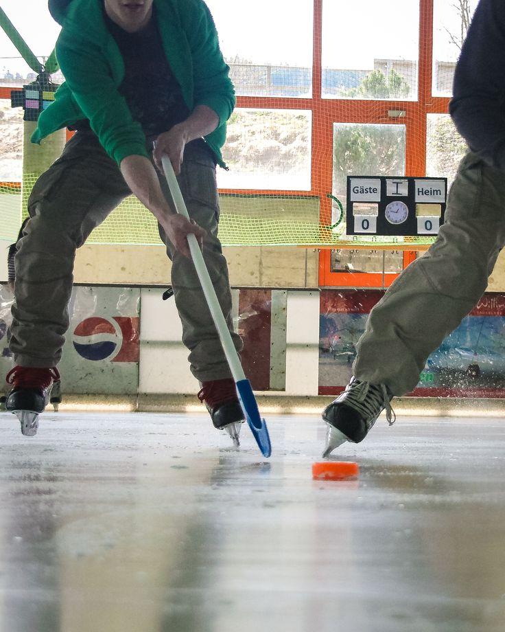 Neu in der Eissporthalle #Willingen: Soft und Fun Hockey. Schläger und Puk können ausgeliehen werden. | Foto: Y-SiTE