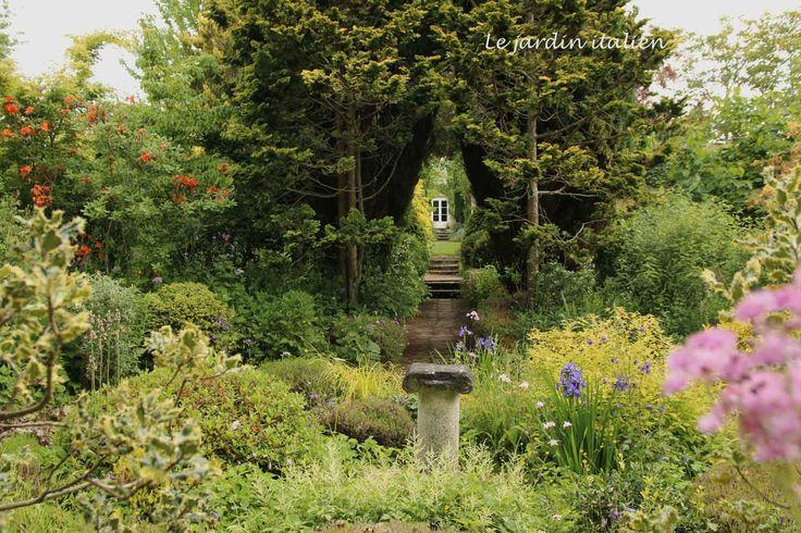 17 meilleures id es propos de arrosoirs sur pinterest d corations de jardin art paysager et - Idee amenagement bassin de jardin la rochelle ...