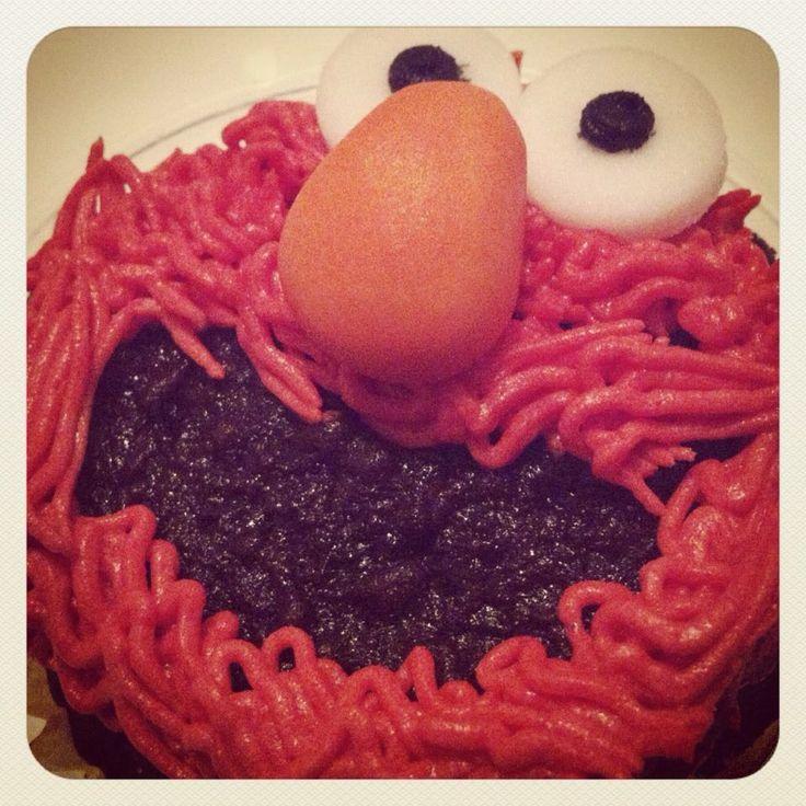 Elmo Cupcake chocolate