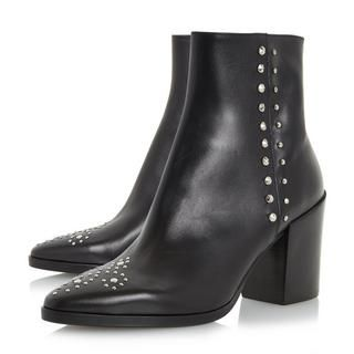 Parlow is a super chic ankle boot showcasing a sturdy block heel. With stud detailing along the side and a brogue style design on the toe. The pointed toe and inside zip fastening completes this style.