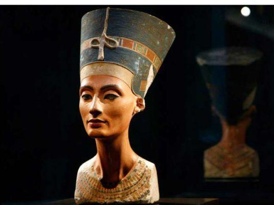 Nefertiti Statue